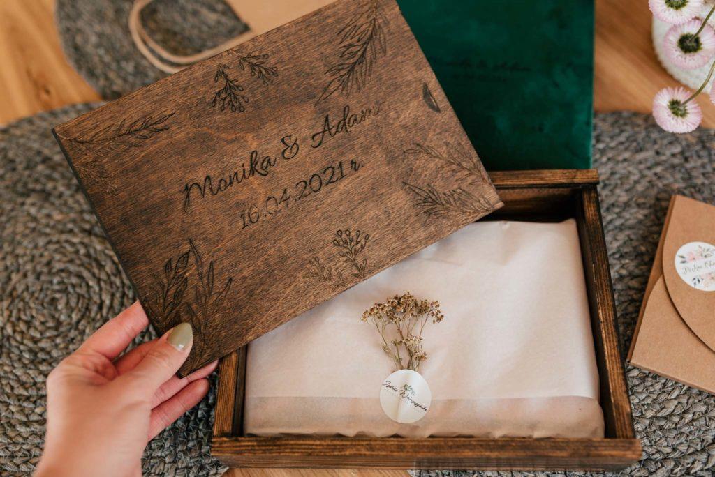 pudełka drewniane na zdjęcia olsztyn