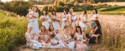 grupowa sesja karmienia piersią